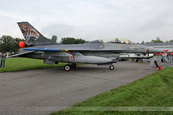 General Dynamics F-16B Fighting Falcon Netherlands Air Force J-882