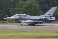 General Dynamics F-16BM Fighting Falcon Portuguese Air Force 15120